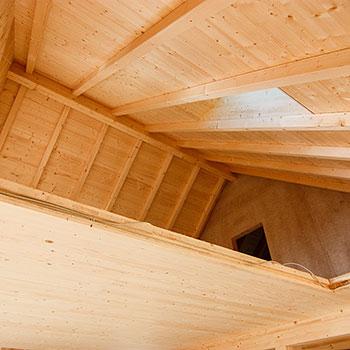 Kendler Massivholzhaus Dachstuhl